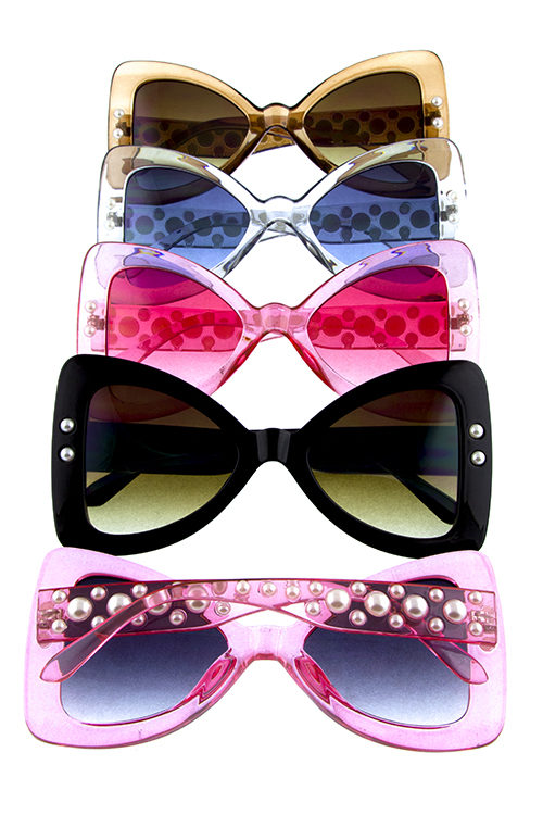 d9ee49c3472 Womens pearllike detailed triangular plastic sunglasses D1-RS1915