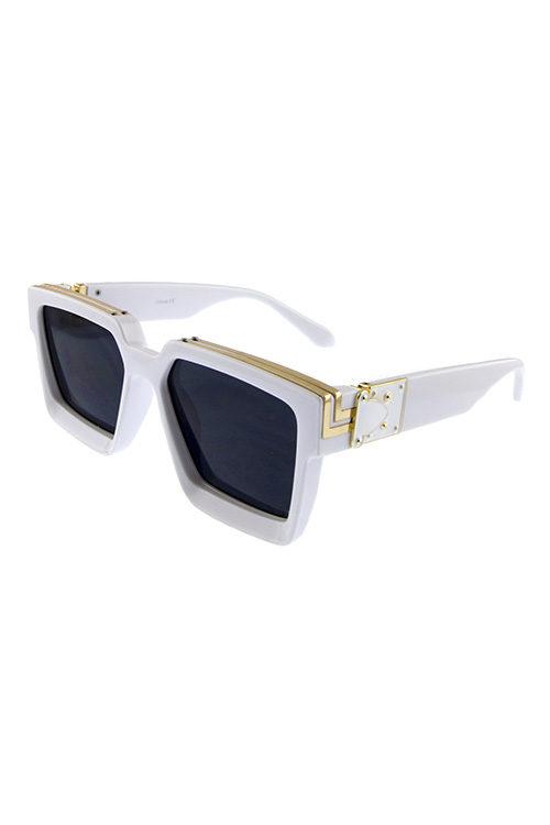 ac40d4d58733 Womens bold square plastic fashion sunglasses VD5-8408