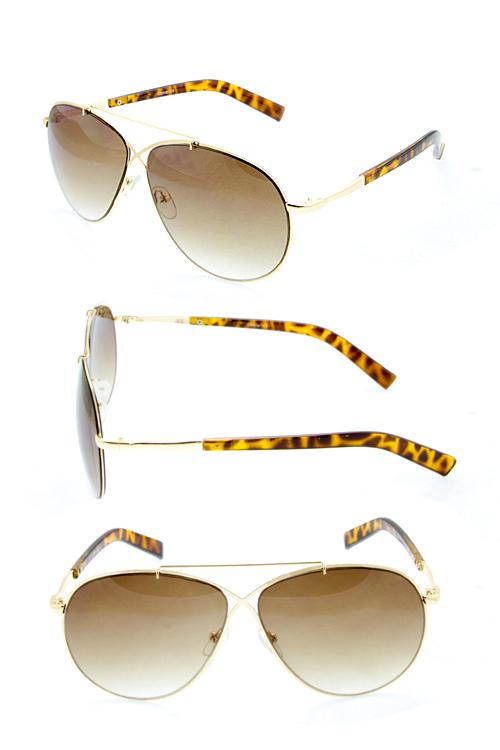 b680b56e024 Women s Plastic Sunglasses – Page 4 – City Sunglass